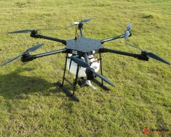 Hot selling agriculture RC drone with Pesticide Crop Sprayer GPS locate radio control UAV drone in l