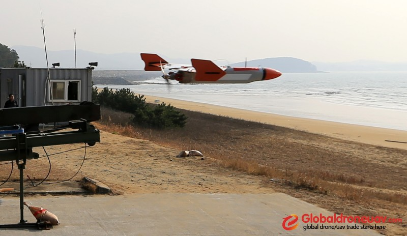 Low speed target drone TD2000
